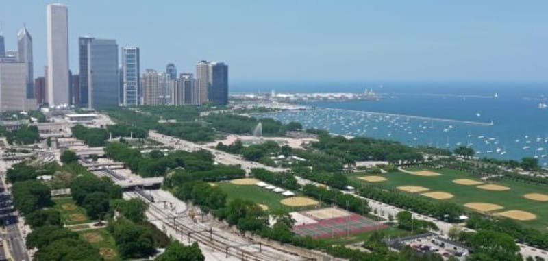 Best Public Parks to Visit While Staying in Chicago